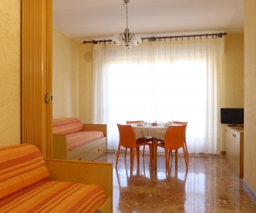 Two rooms residence at Ventimiglia